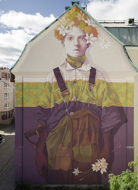 """""""Hand Labor"""", a new mural by INTI in Boras, Sweden"""