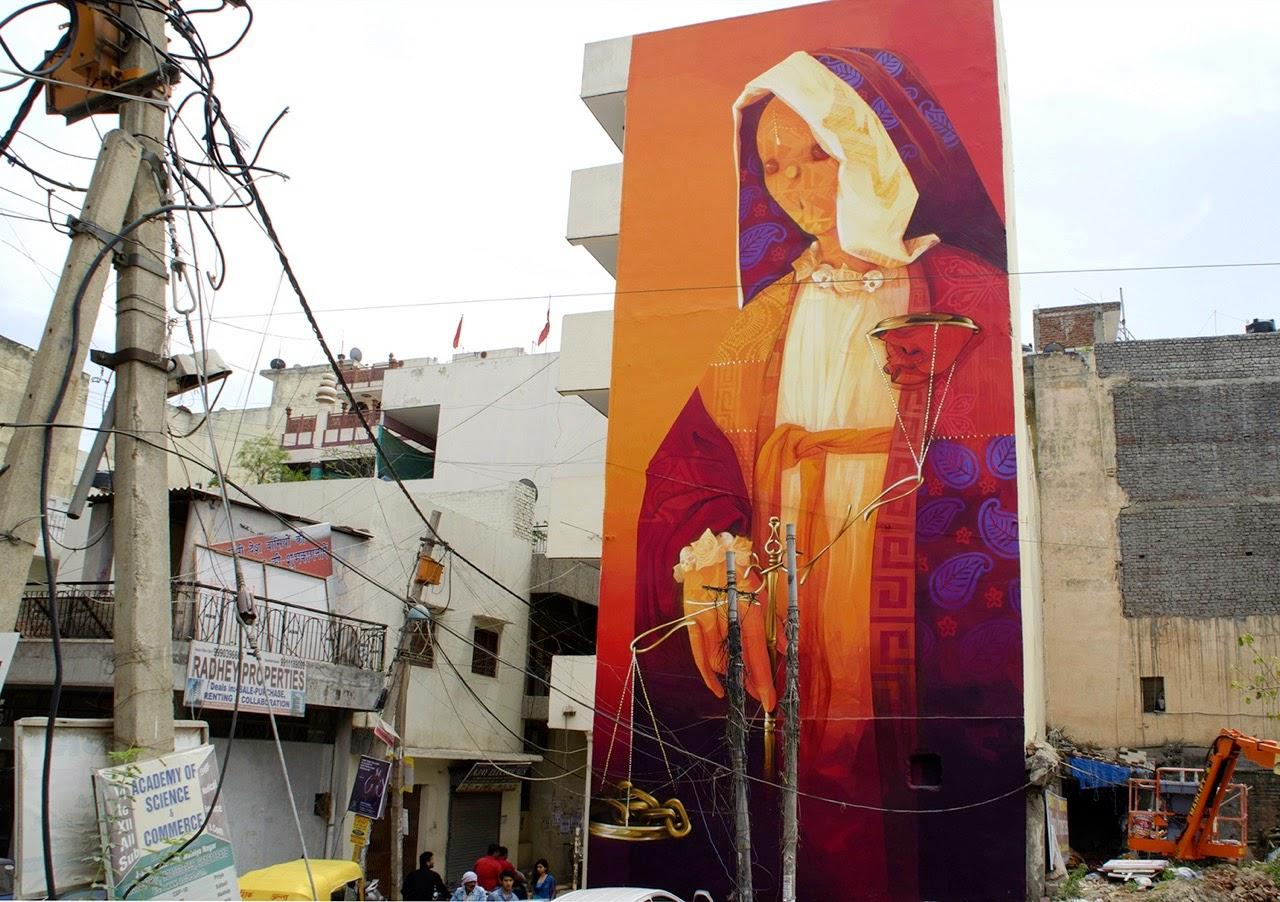 "INTI paints ""Balance"", a massive mural in Delhi, India"