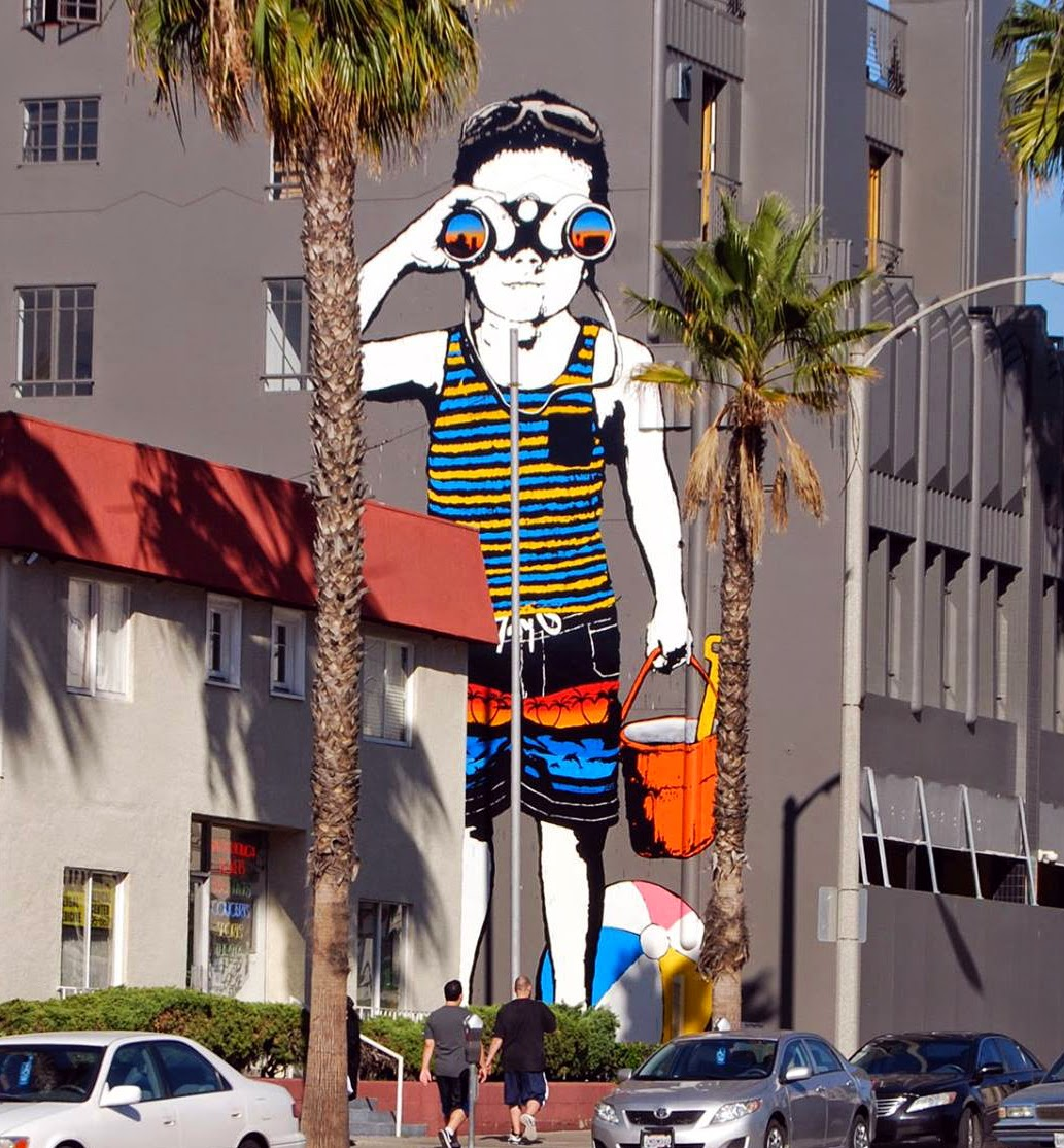 "Bumblebee paints ""Beach Day"" in Santa Monica, California"