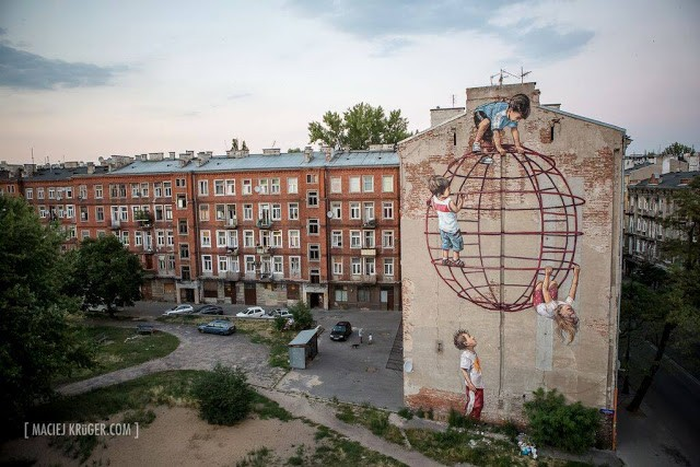 Ernest Zacharevic in Warsaw, Poland for Street Art Doping