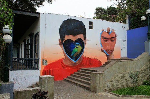 JADE paints a striking mural in Barranco, Lima