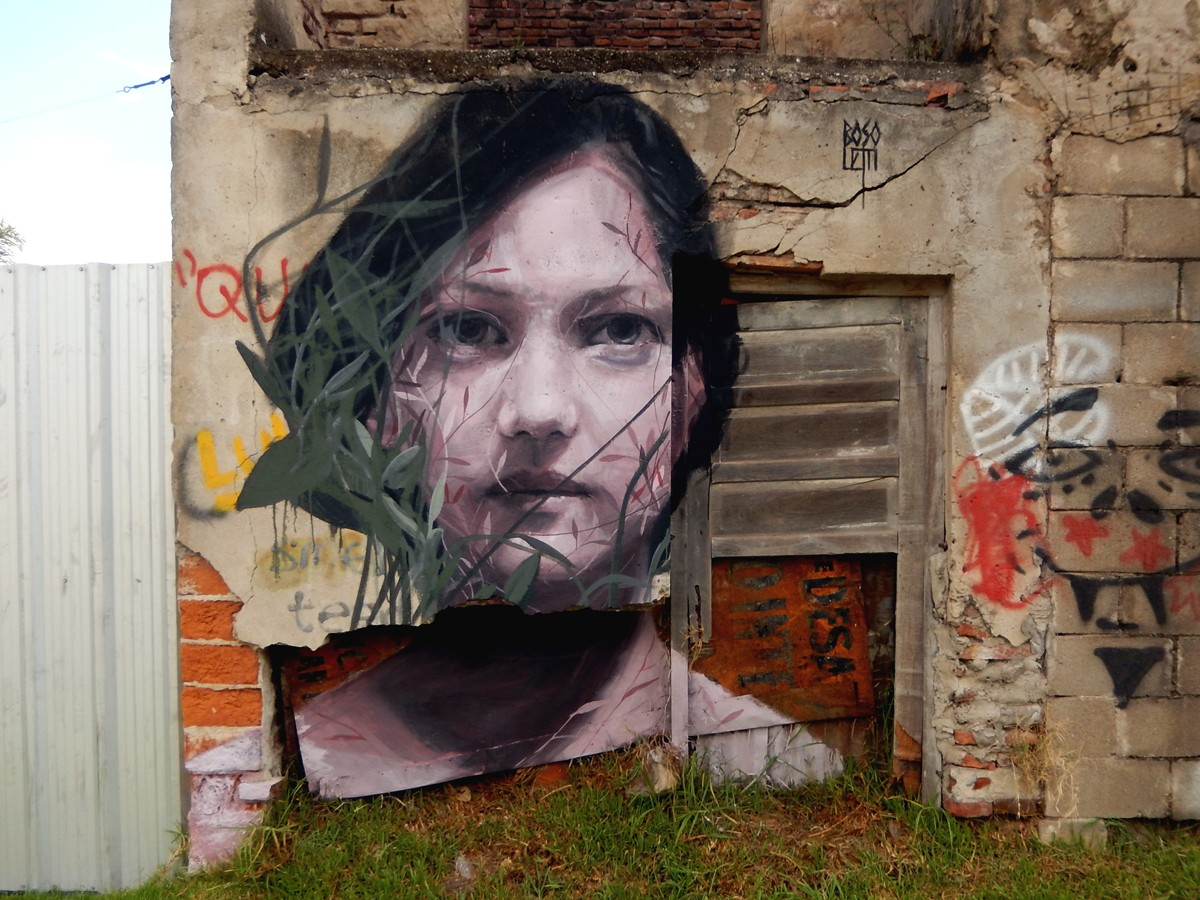 Fran Bosoletti unveils a new mural in Armstrong, Argentina