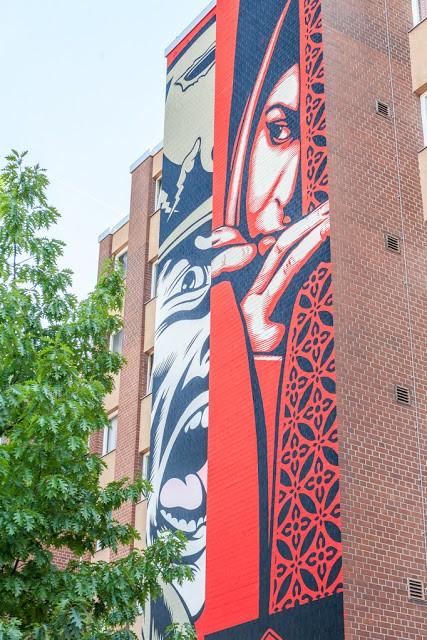 "Shepard Fairey unveils ""Israel / Palestine"", a new mural in Berlin, Germany"