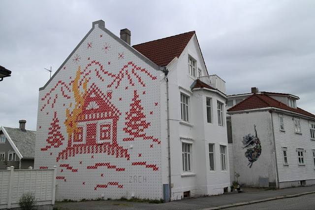 Ernest Zacharevic unveils new pieces for Nuart '15 in Stavanger, Norway