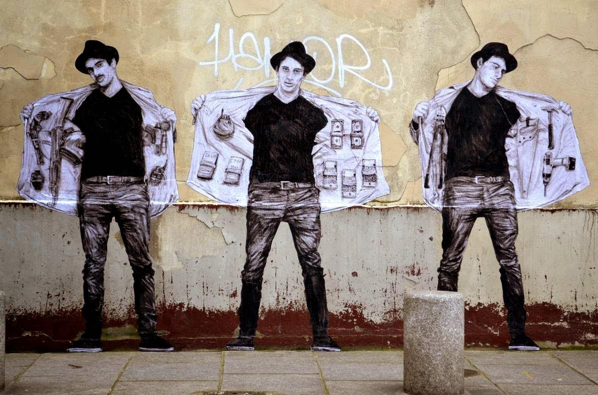 """Levalet unveils """"The Market"""", a new piece in Paris, France"""