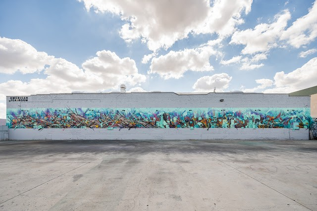 Saber & Zes collaborate on a mural in Los Angeles