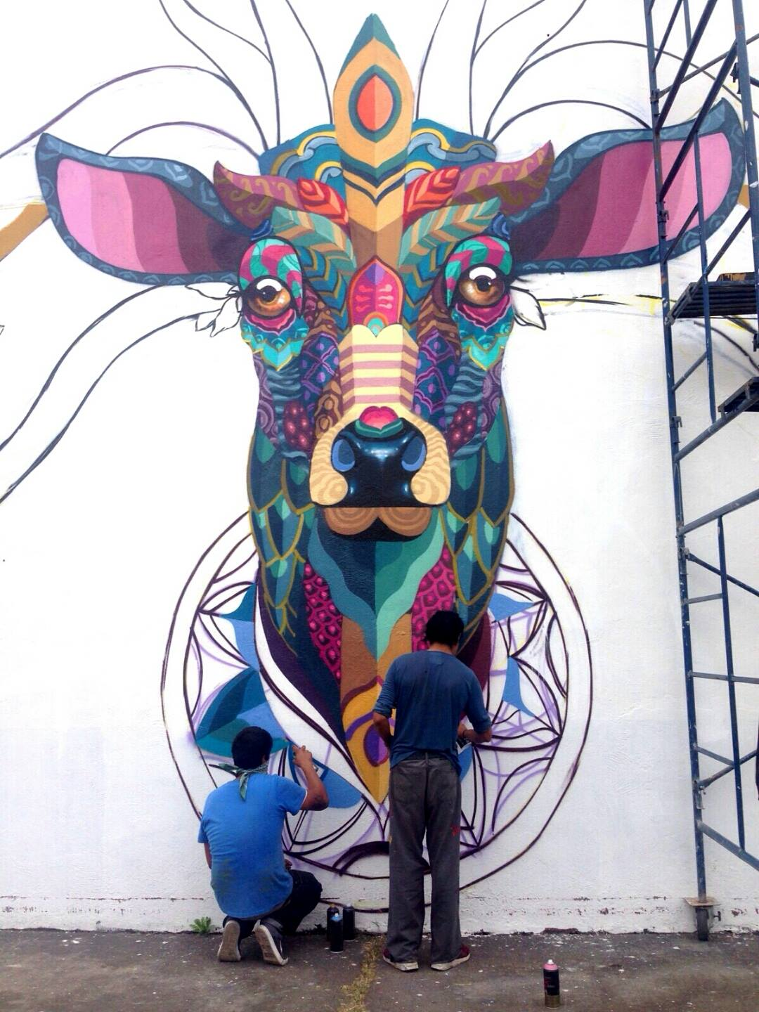 Farid rueda newest mural in uruapan mexico for Art mural painting