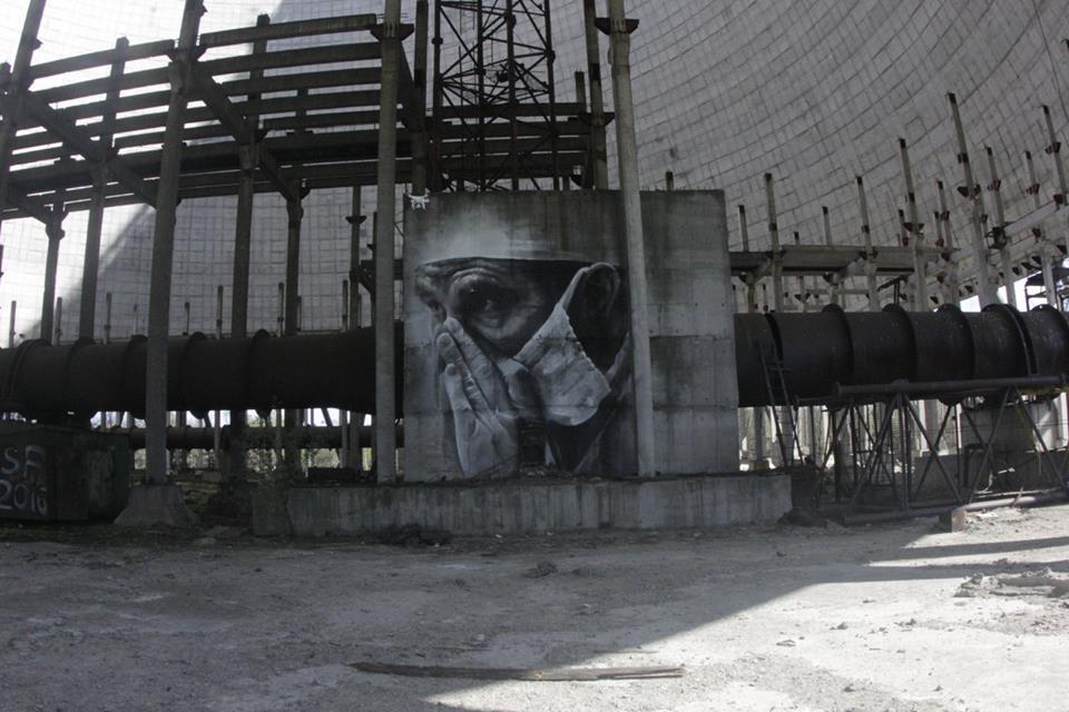 guido-van-helten-chernobyl-1