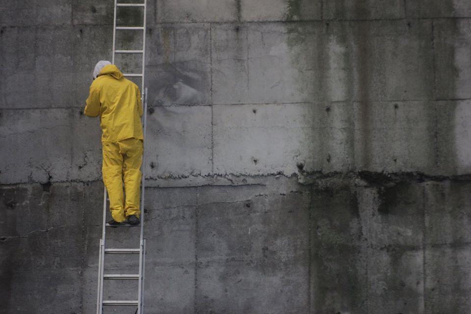 guido-van-helten-chernobyl-3